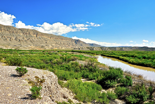 Rio Grande River by Tom Driggers via CC